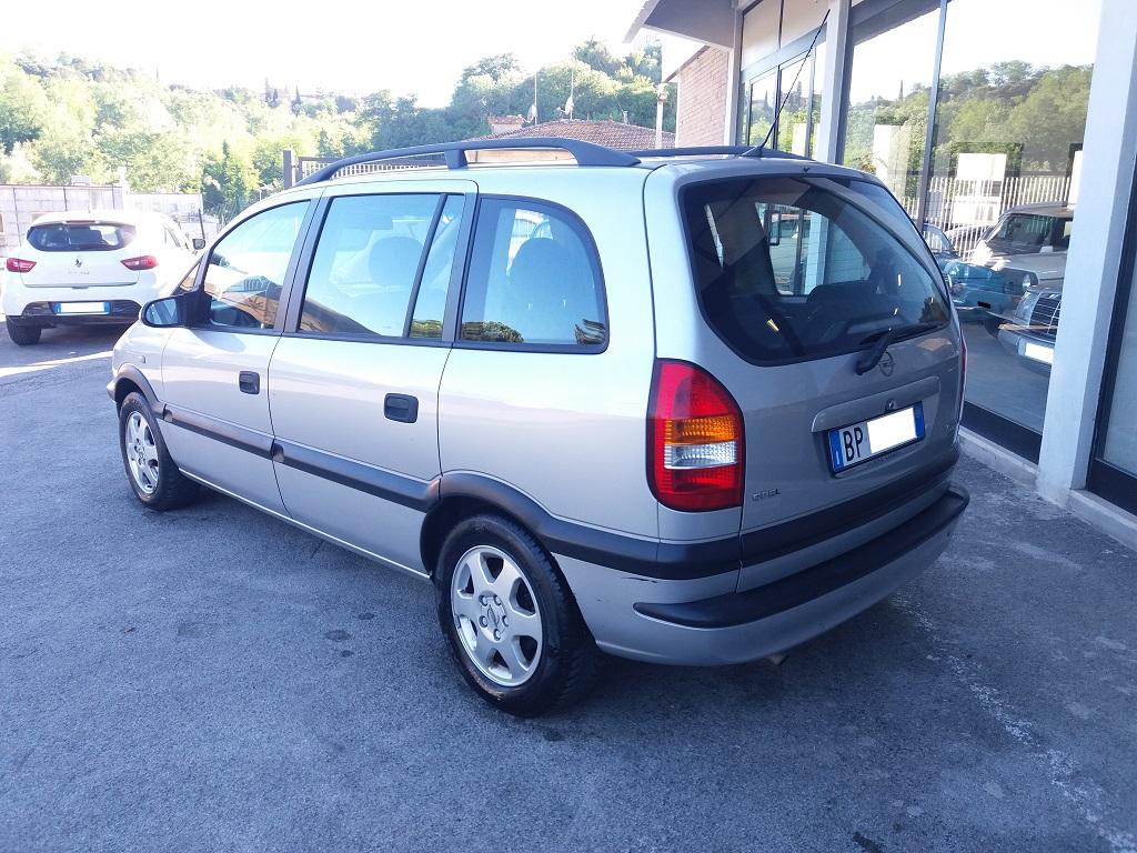 Opel Zafira 1.8 16v cat CDX GPL (3)