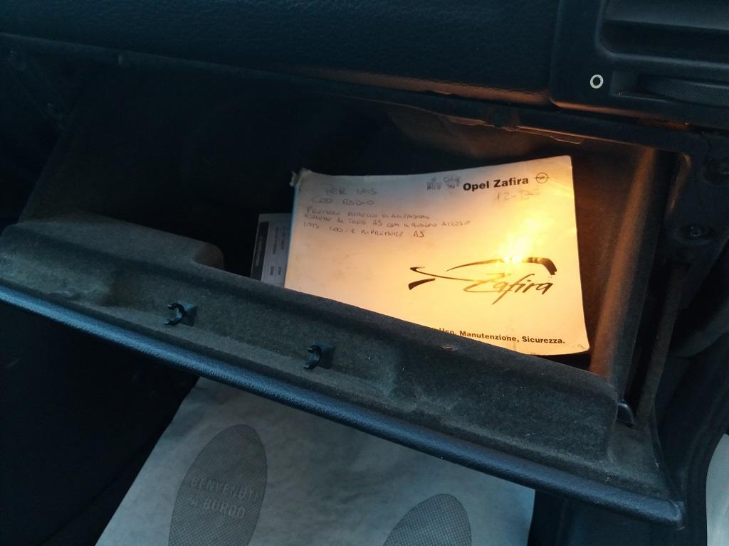 Opel Zafira 1.8 16v cat CDX GPL (35)
