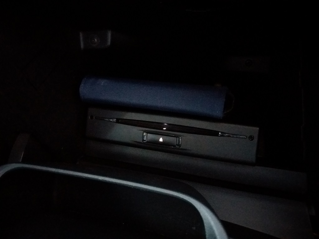 Peugeot 2008 BlueHDi 120 S&S Allure (46)