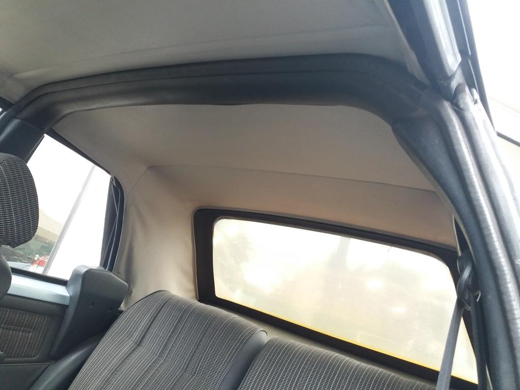 Peugeot 205 Cabriolet 1.1 CT (19)