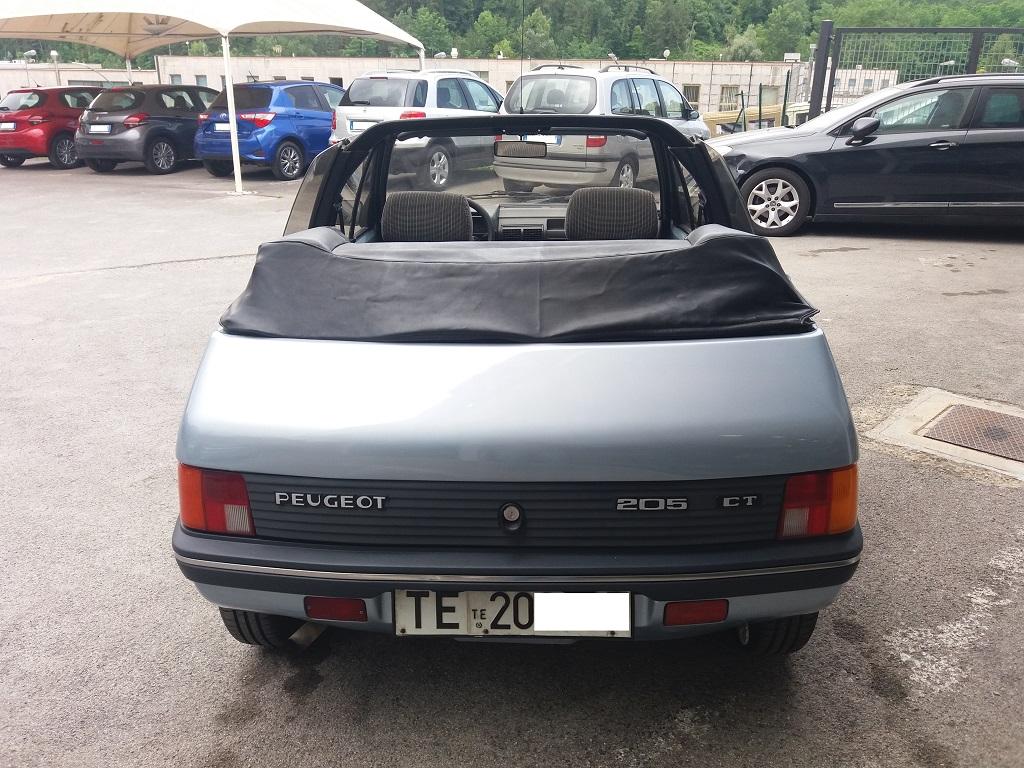 Peugeot 205 Cabriolet 1.1 CT (4)