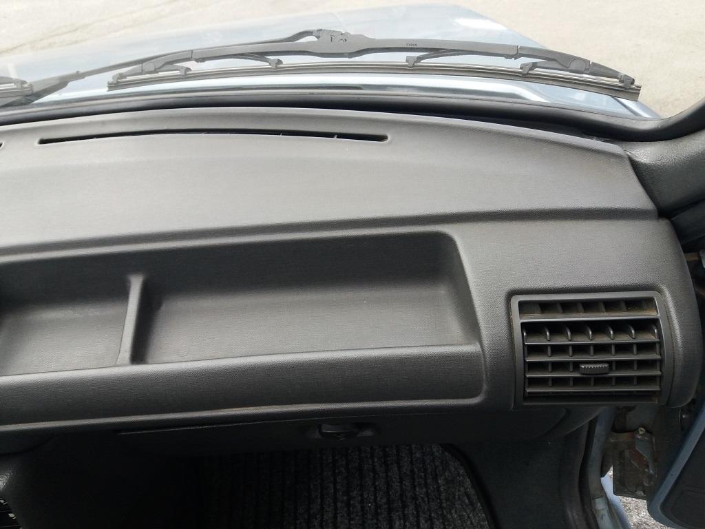 Peugeot 205 Cabriolet 1.1 CT (51)