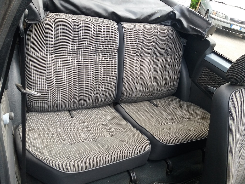 Peugeot 205 Cabriolet 1.1 CT (60)