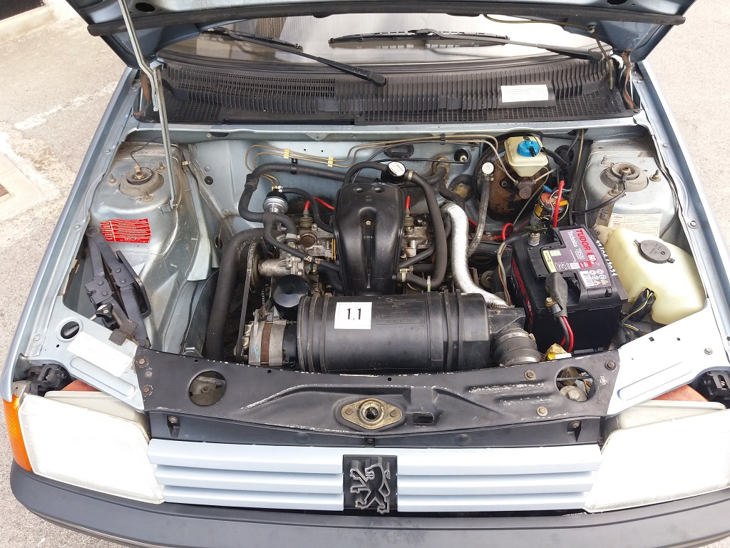 Peugeot 205 Cabriolet 1.1 CT (63)