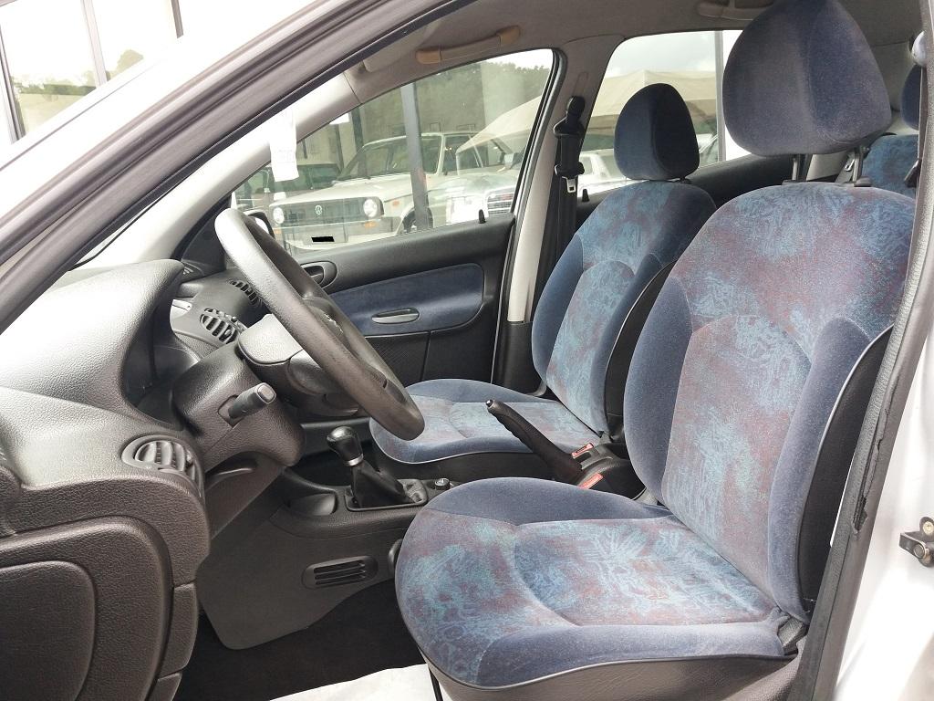 Peugeot 206 1.9 diesel 5p XTD (17)