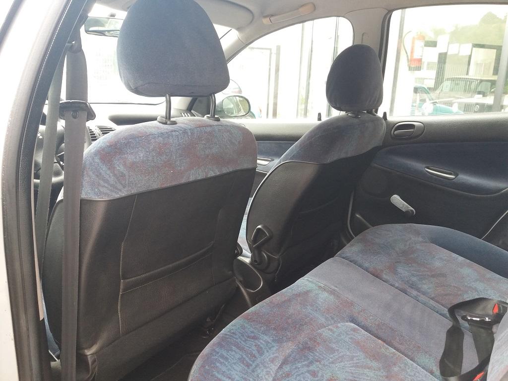 Peugeot 206 1.9 diesel 5p XTD (19)
