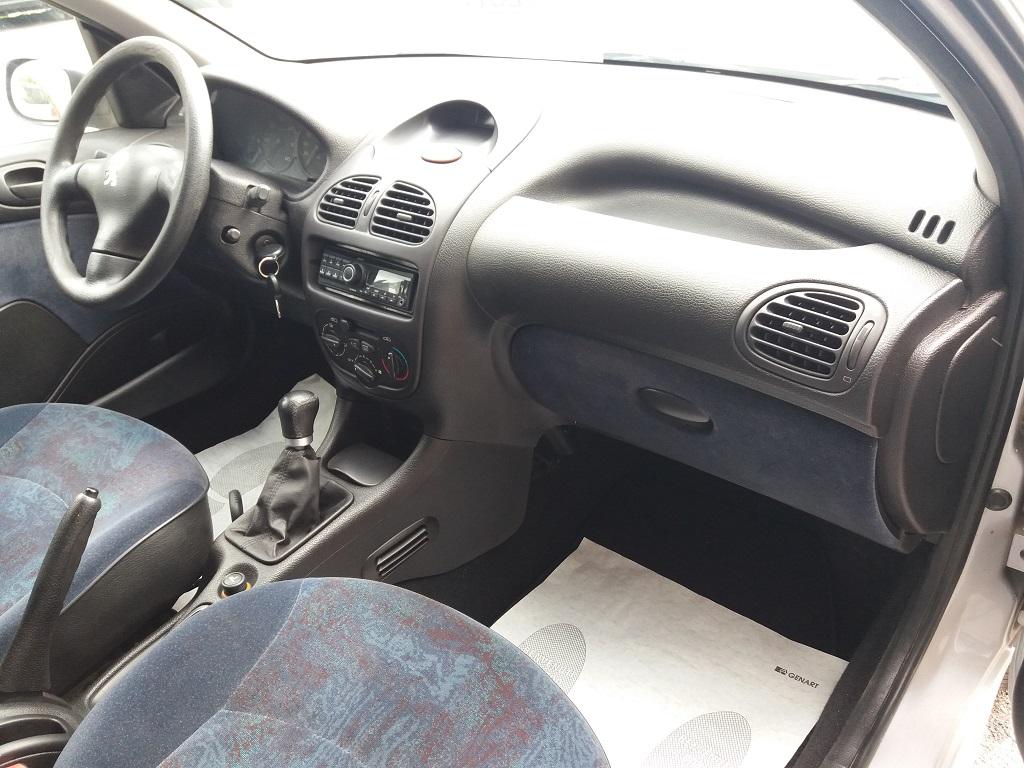 Peugeot 206 1.9 diesel 5p XTD (26)