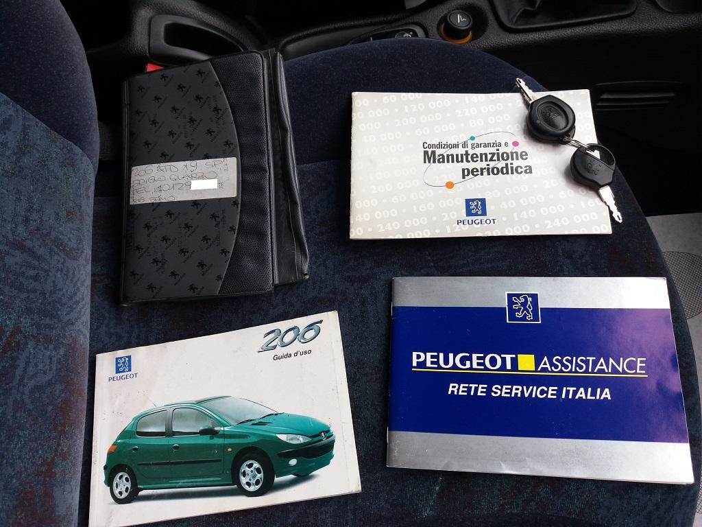Peugeot 206 1.9 diesel 5p XTD (52)