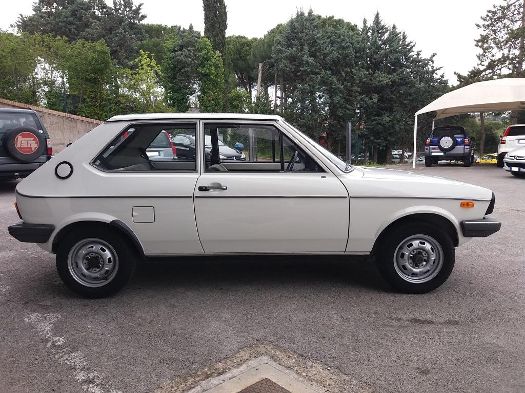Volkswagen Polo L (6)