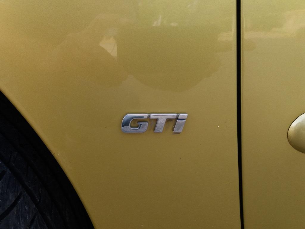Peugeot 206 2.0 16v GTi (33)