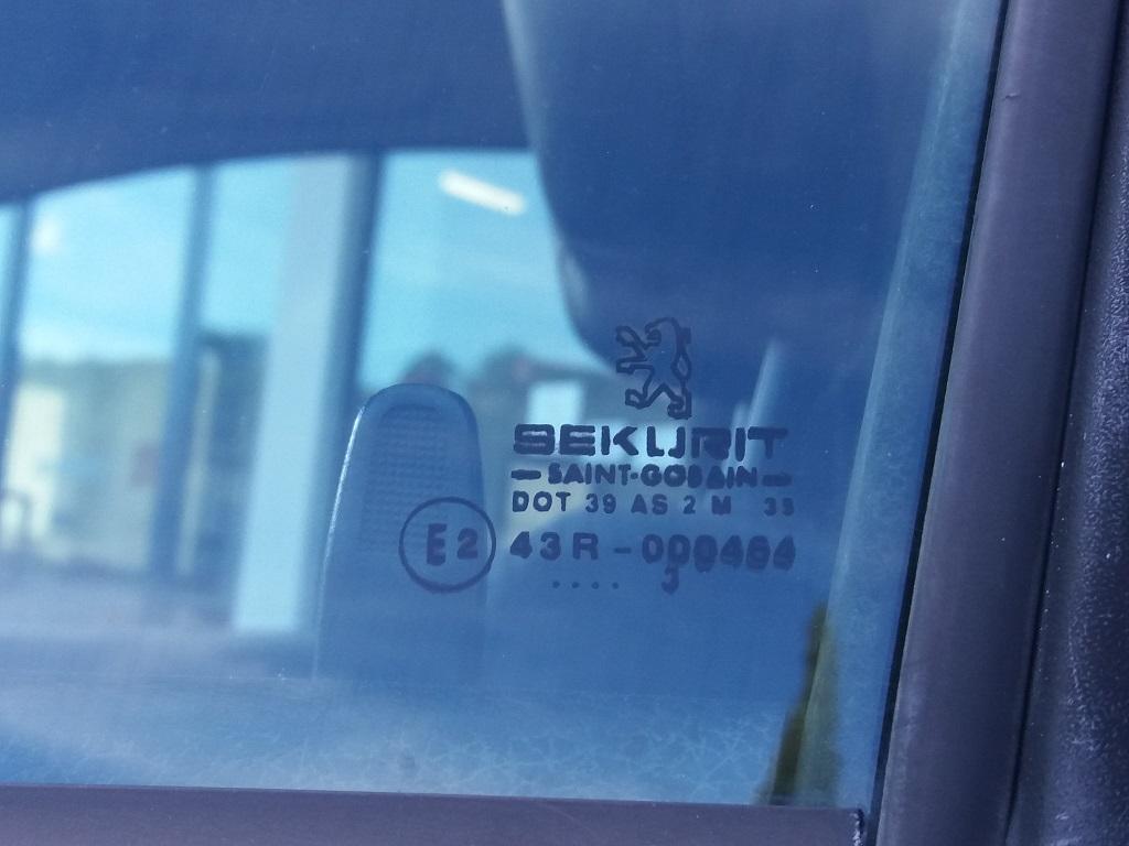 Peugeot 206 2.0 16v GTi (46)