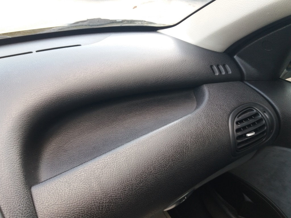 Peugeot 206 2.0 16v GTi (70)