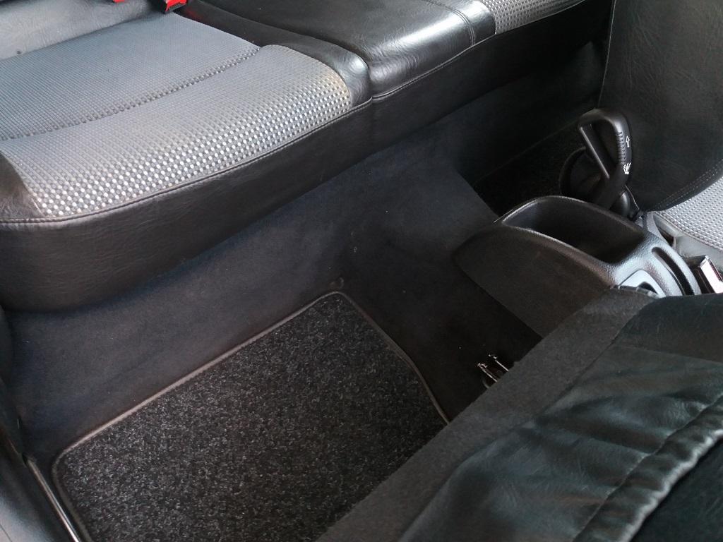 Peugeot 206 2.0 16v GTi (71)
