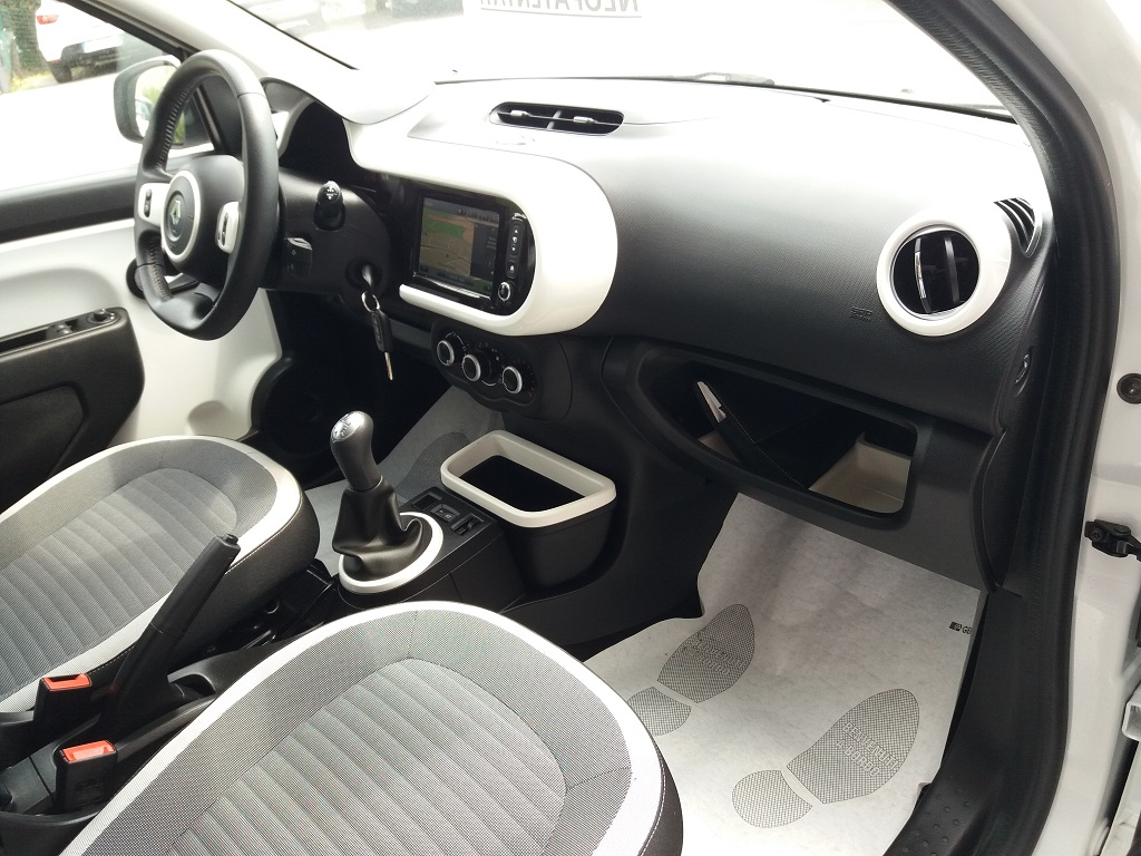 Renault Twingo SCe 69 Lovely (23)