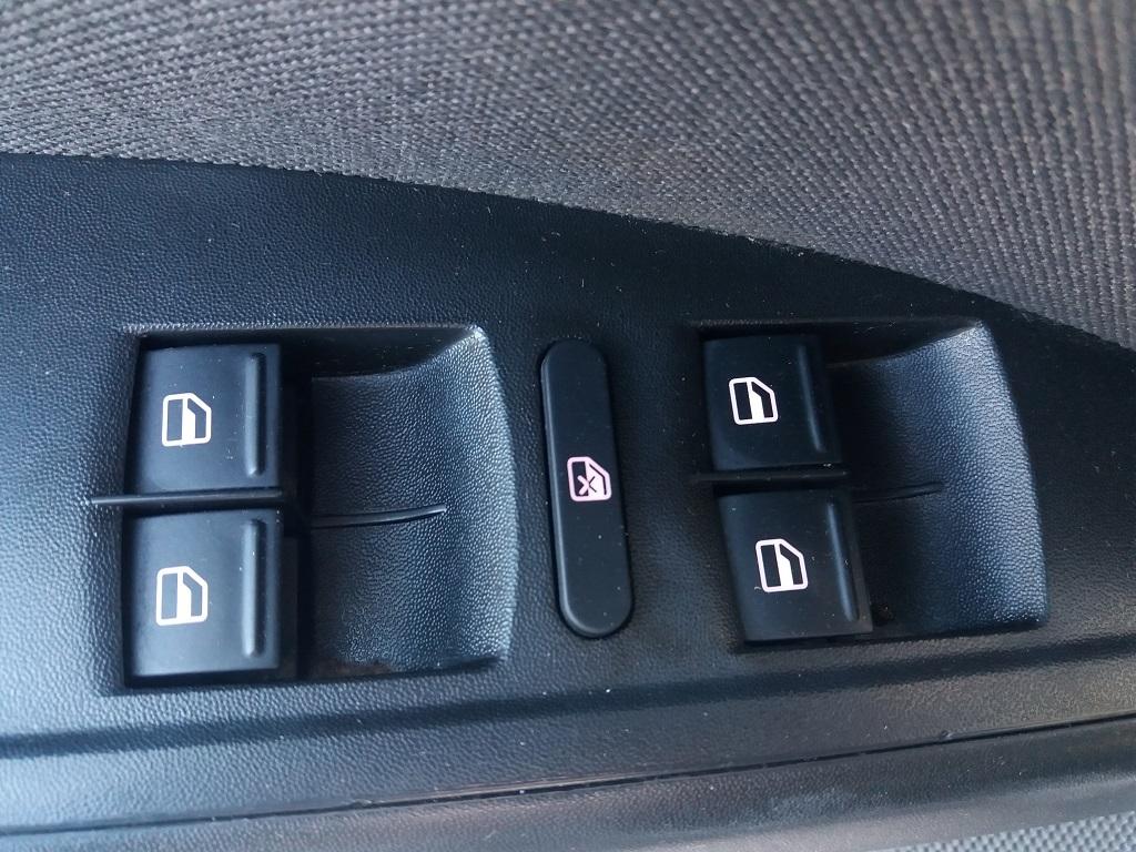 Seat Altea XL 1.6 Stylance GPL (18)