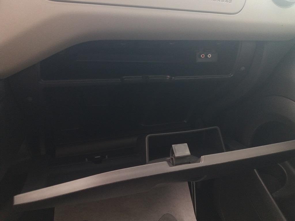 Peugeot Partner Tepee 1.6 HDi 115 cv Outdoor (18)