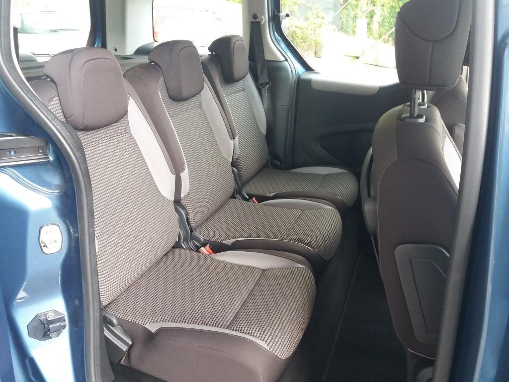Peugeot Partner Tepee 1.6 HDi 115 cv Outdoor (38)