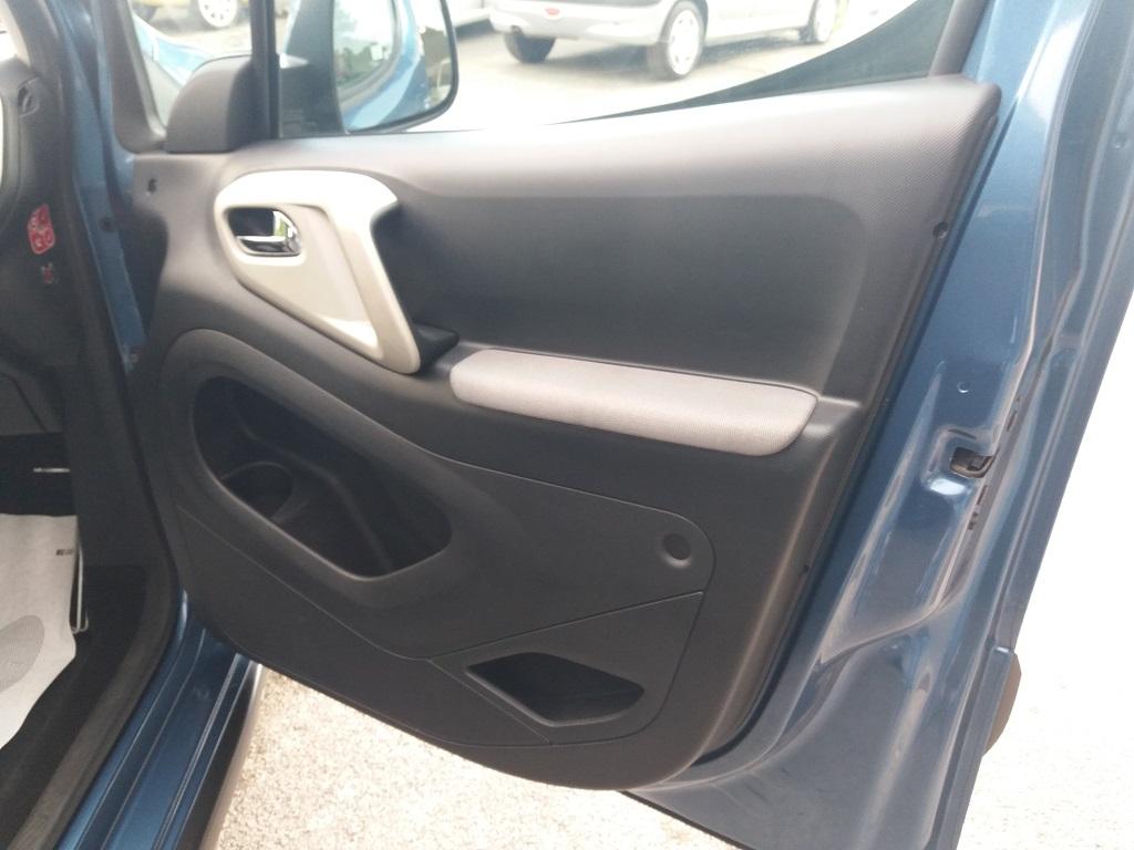 Peugeot Partner Tepee 1.6 HDi 115 cv Outdoor (40)