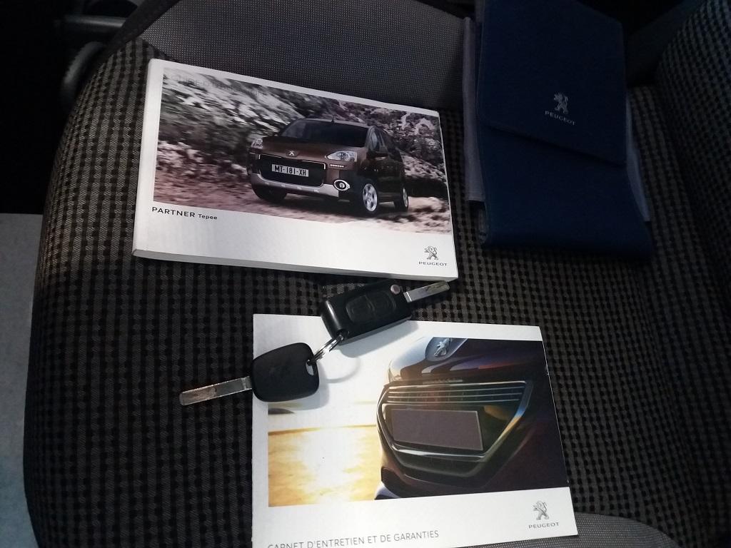 Peugeot Partner Tepee 1.6 HDi 115 cv Outdoor (51)