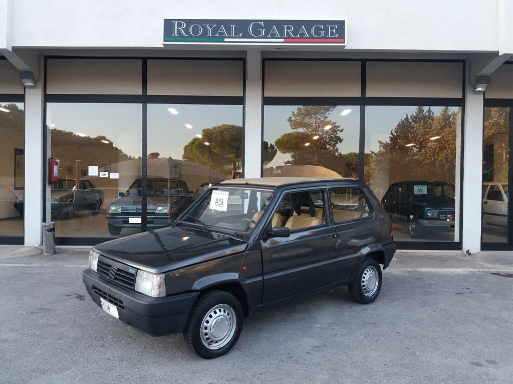 Fiat Panda 900 i.e. cat Cafè (1)