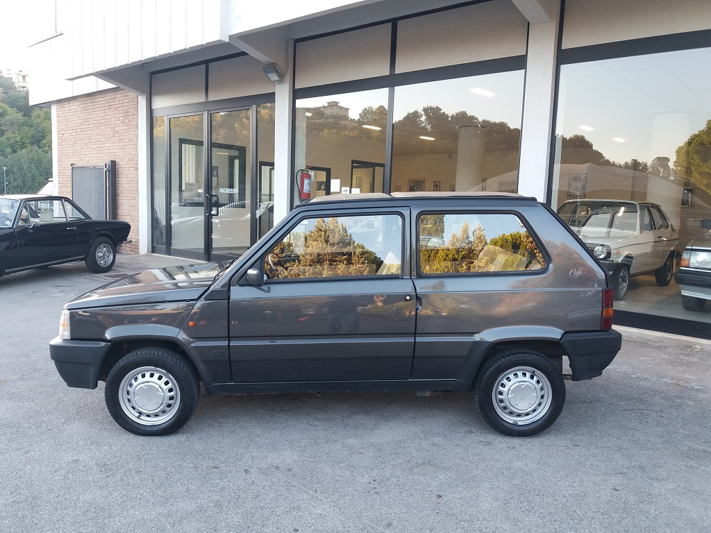 Fiat Panda 900 i.e. cat Cafè (2)