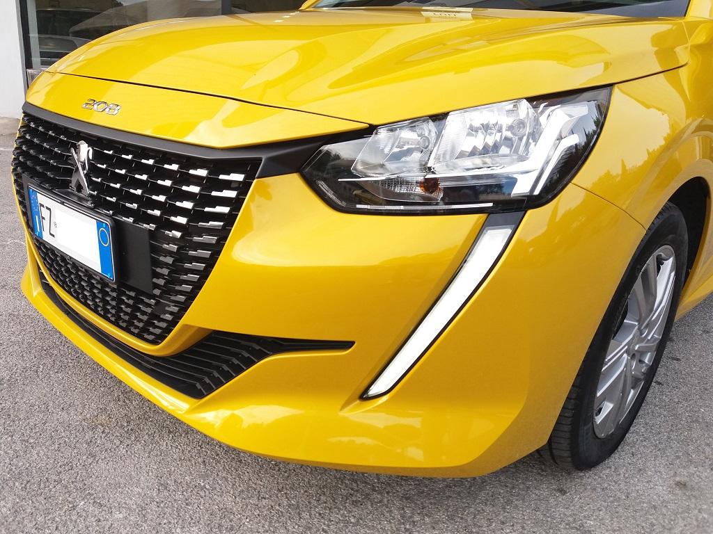 Peugeot 208 BlueHDi 100 S&S Active (32)