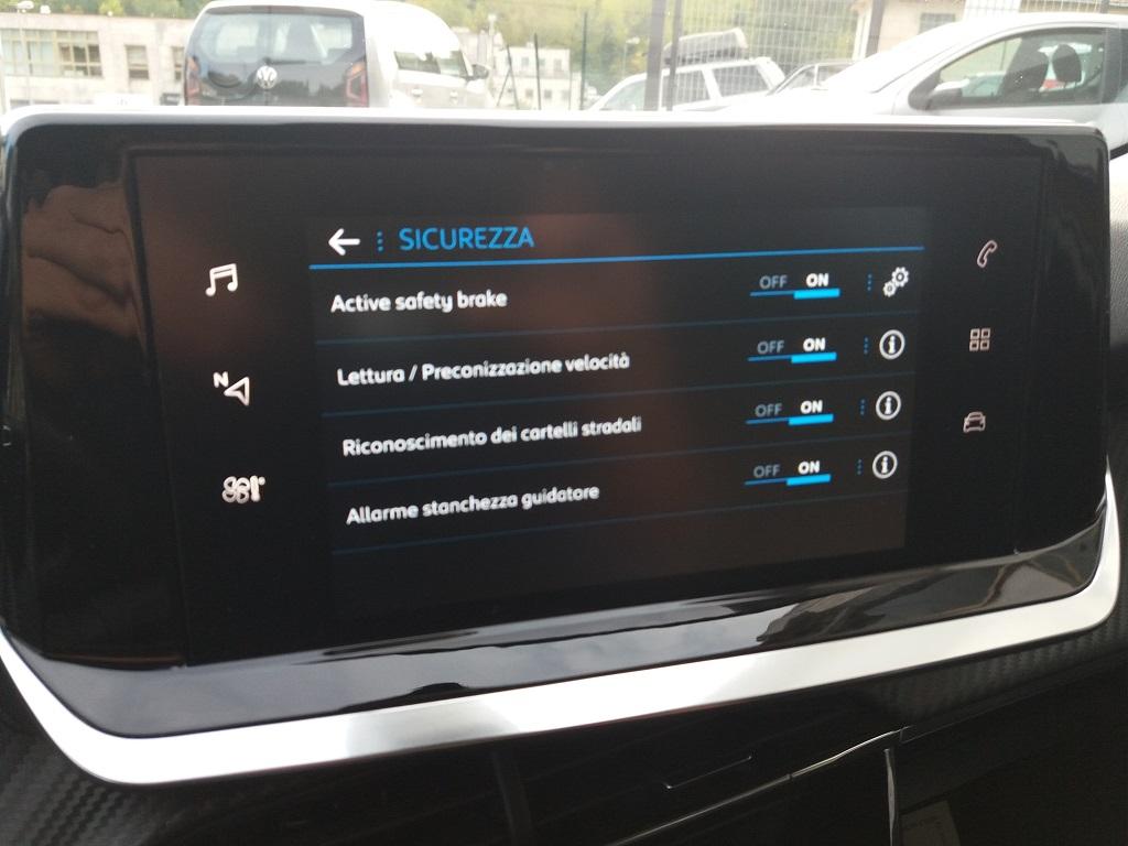 Peugeot 208 BlueHDi 100 S&S Active (38)