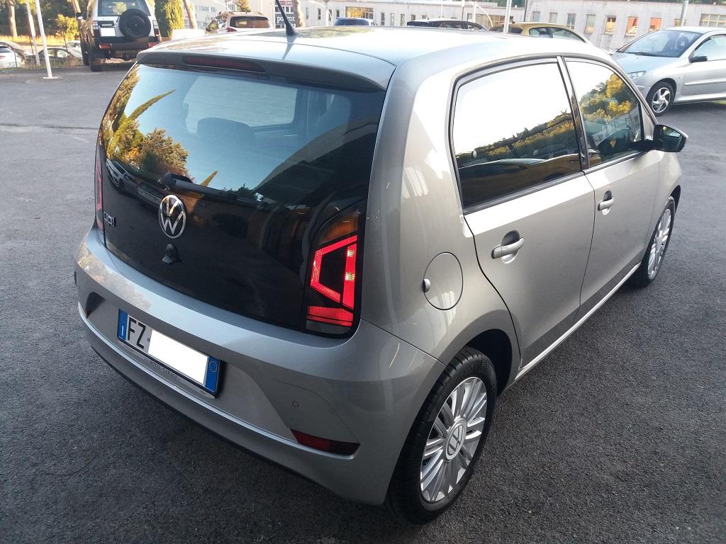 Volkswagen up! 5p 1.0 Move up! 60 cv (4)